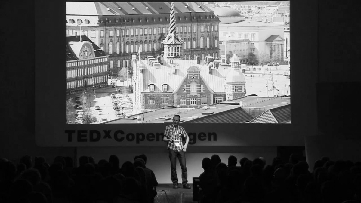 Extreme Explorations in Flatland: Peter Boeggild at TEDxCopenhagenSalon